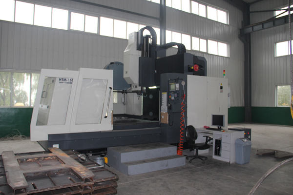 Ningbo Haitian Seiko HTM-1500G Longmen Type Machining Center